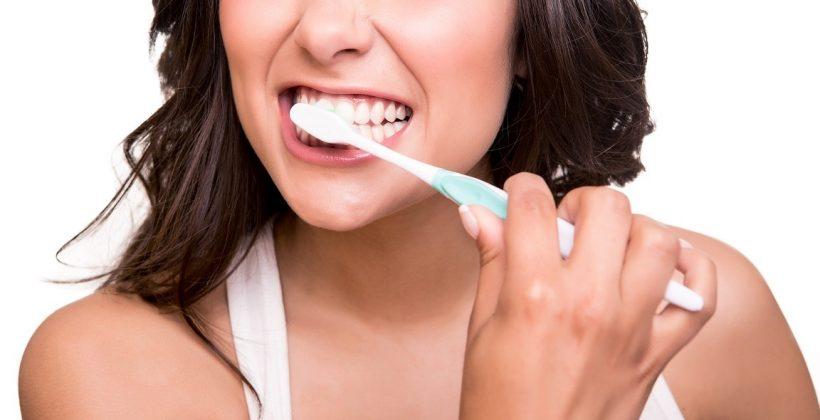 Prima regola; lavare spesso i denti